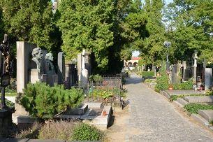Vyšehradský hřbitov a Slavín – prestižní adresa posledního odpočinku