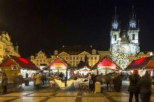 Staroměstské náměstí ožívá s Adventem – nechte se ovanout historií Prahy