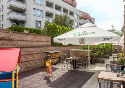 Albertov Rental Apartments - Restaurant Potrefená husa