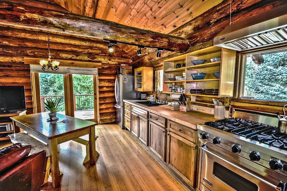 Rustikální kuchyně – inspirujte se venkovským stylem, jde to i ve městě