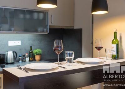 F3-631_2019_pronajem_apartmany_Praha_Albertov_Rental_Apartments-08